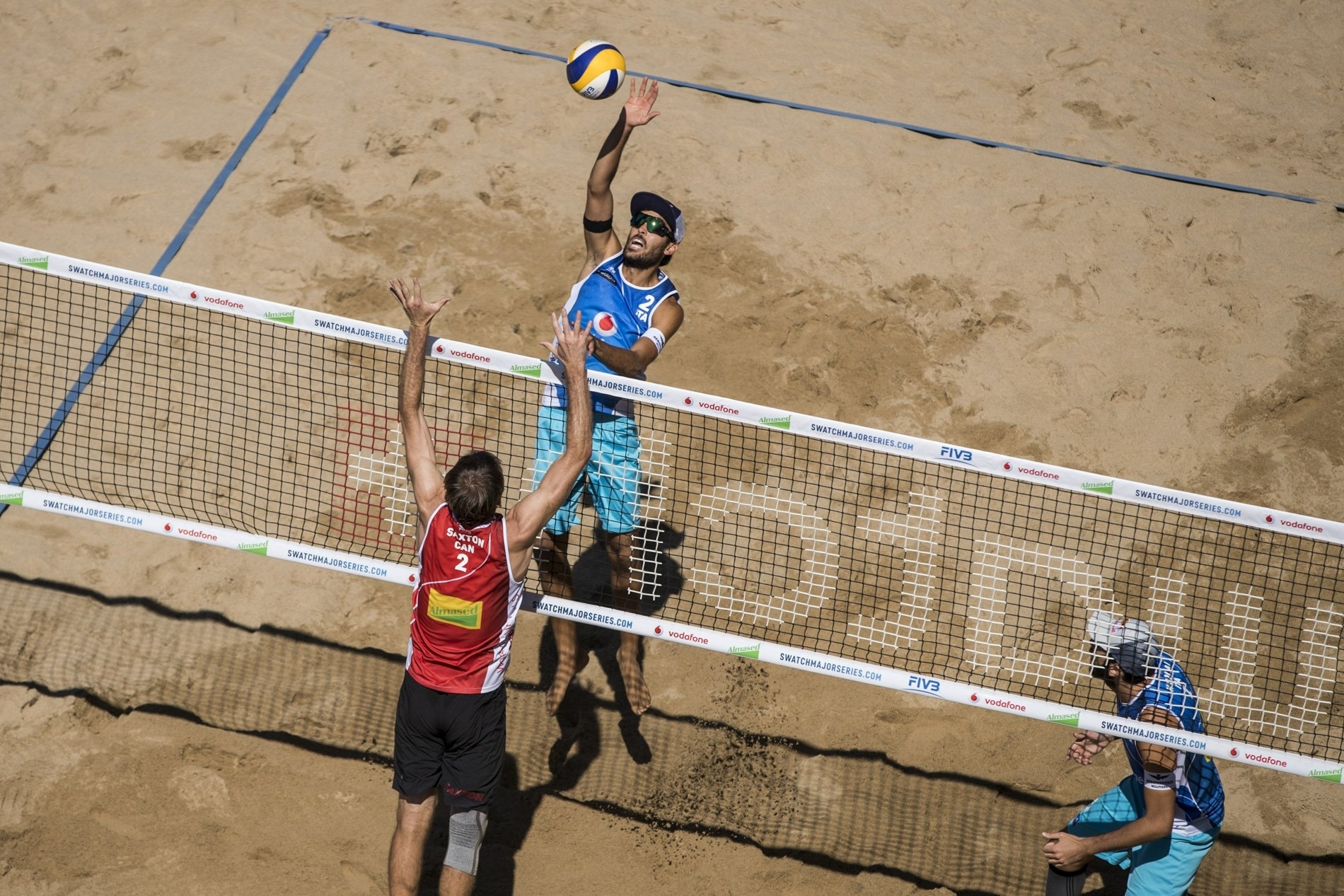 Italians Lupo/Nicolai in action in their opening match as double European champions