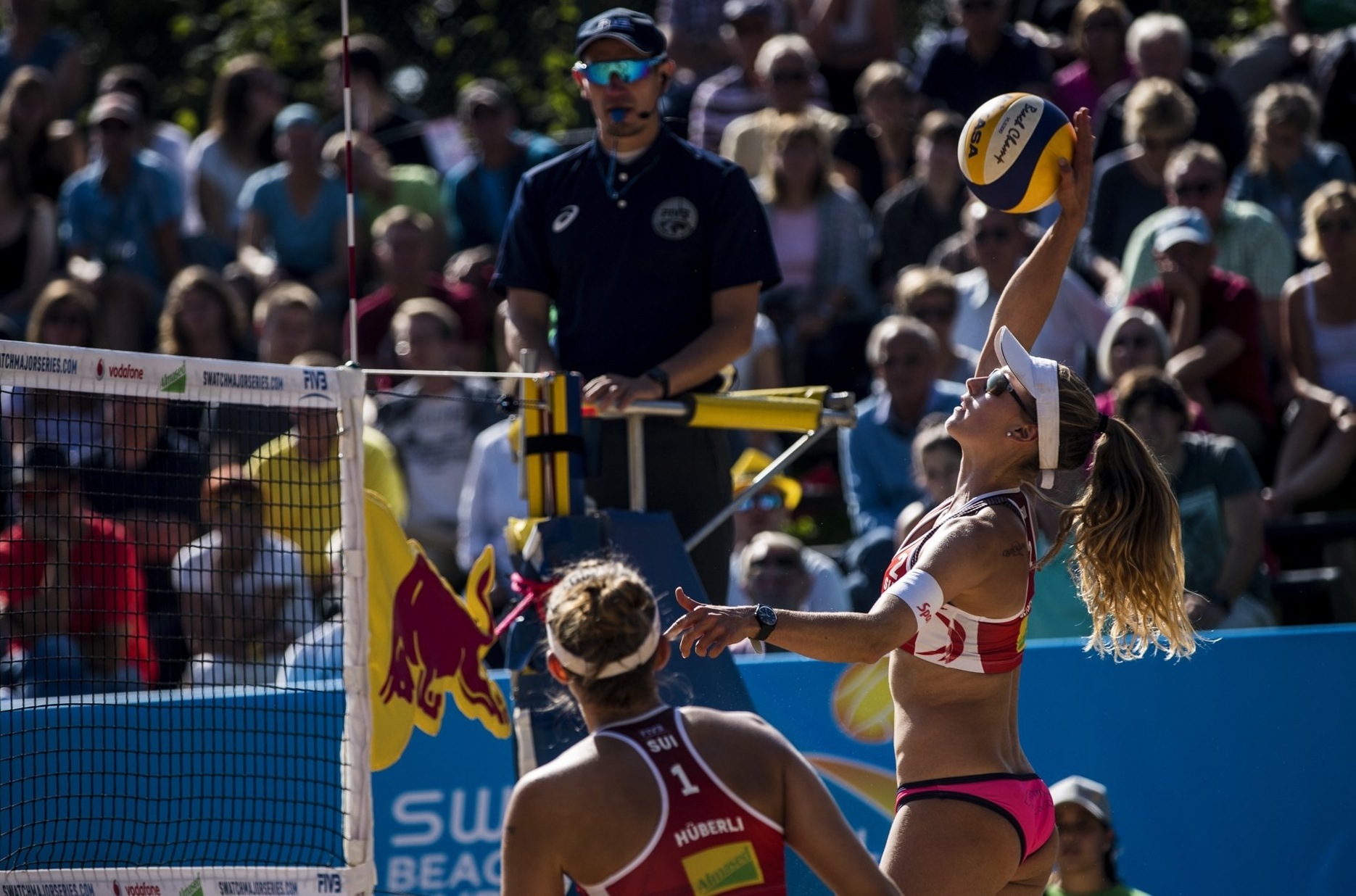 Tanja and Nina in action against Brazil in their first World Tour Finals appearance