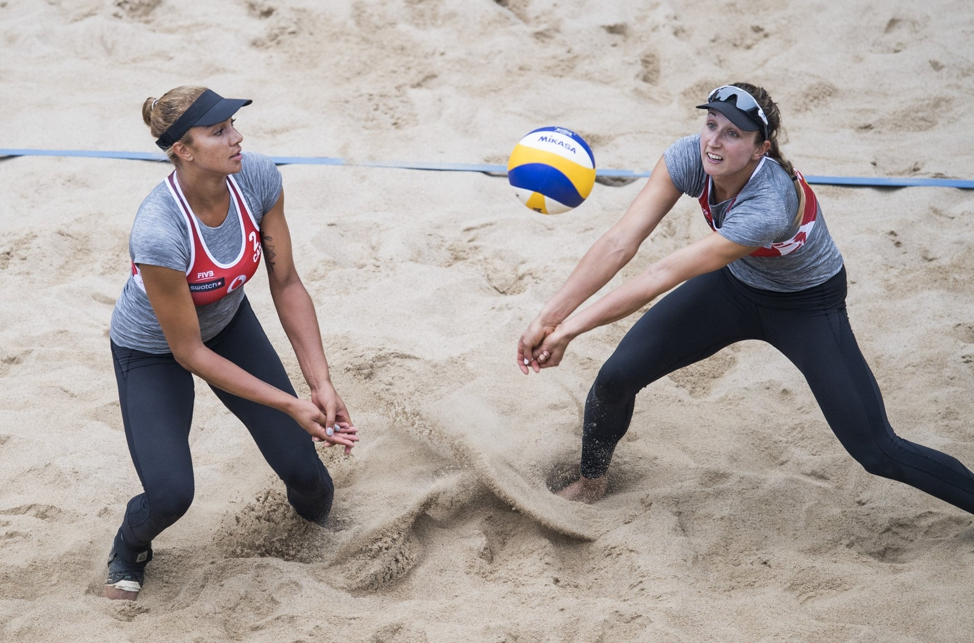 Brandie and Heather bounced back from Wednesday's defeat to record their first win at the Hamburg Finals