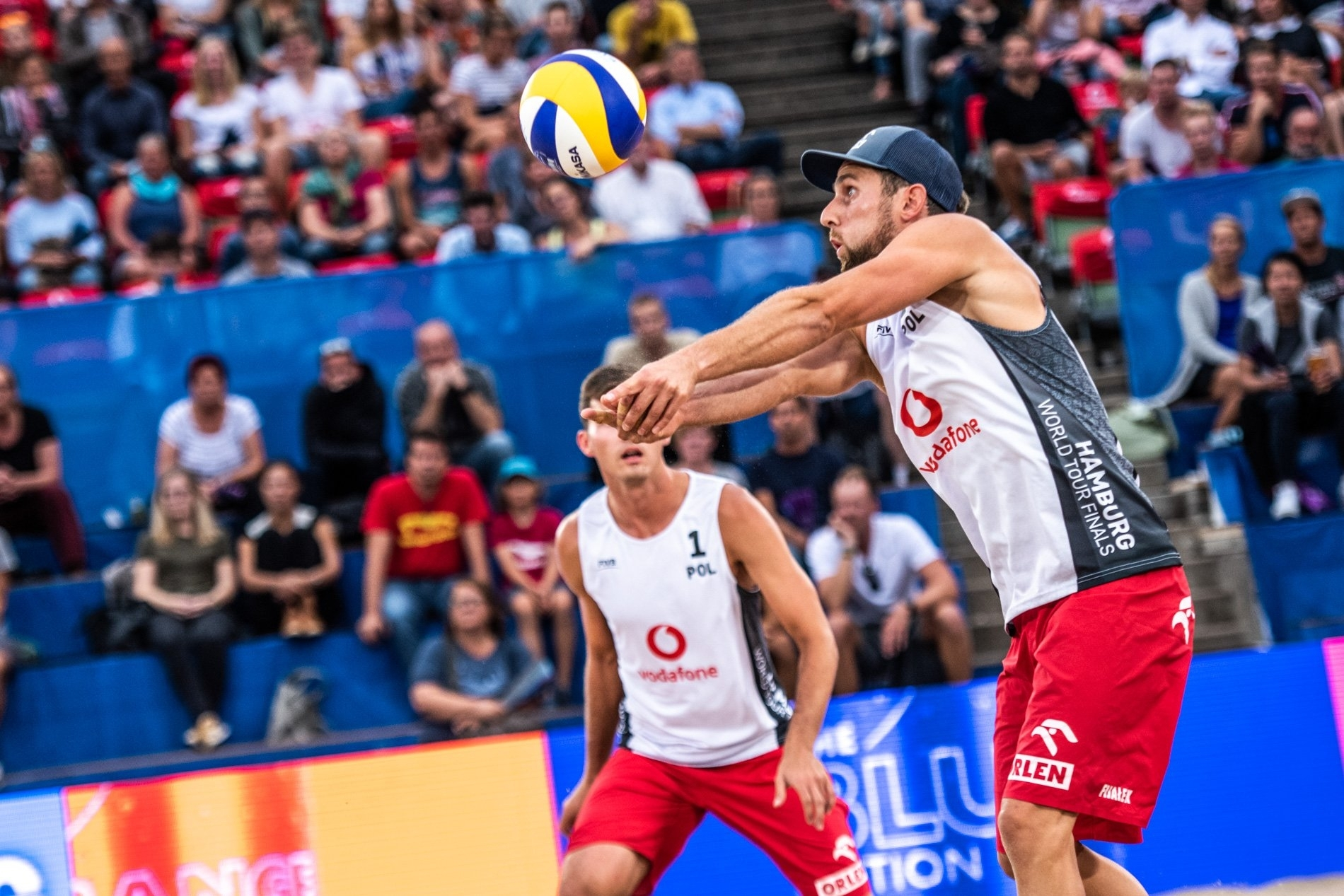 Grzegorz (with the ball) and Michal are in the Hamburg Finals elimination phase