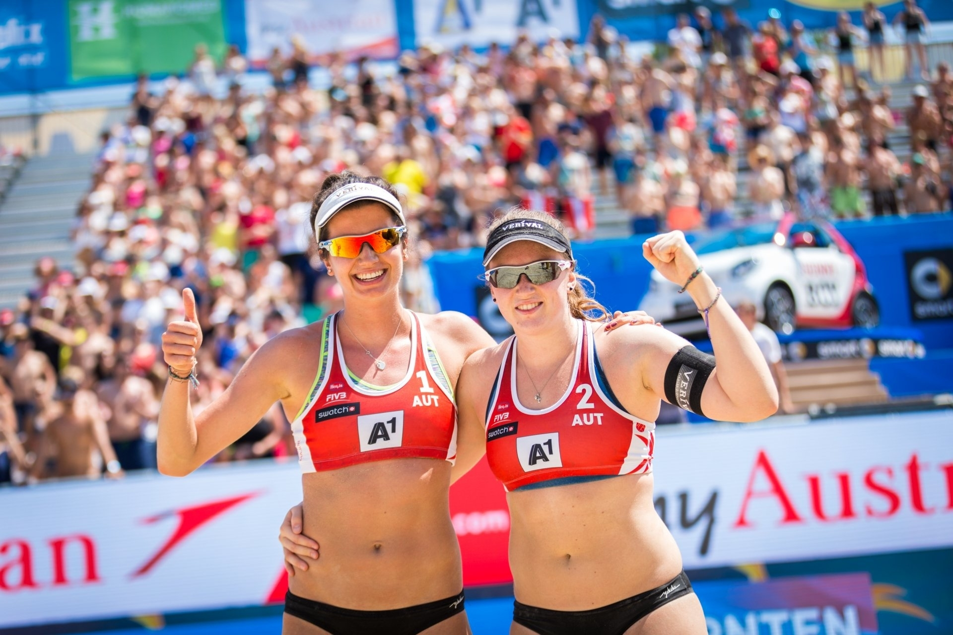 Lena Plesiutschnig and Katharina Schützenhöfer give the thumbs up when in action in 2016