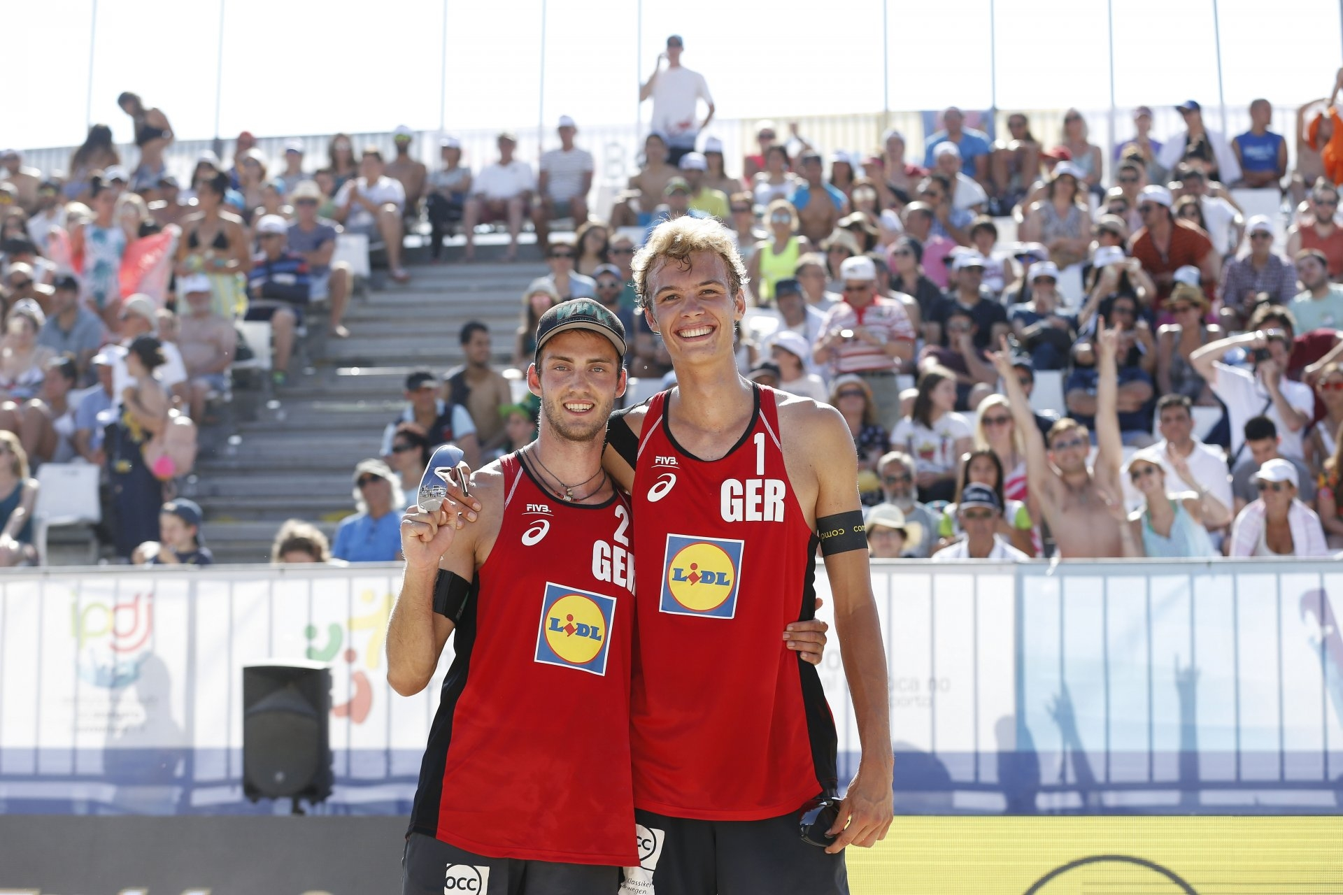 Thole and Wickler will represent the host country in Hamburg